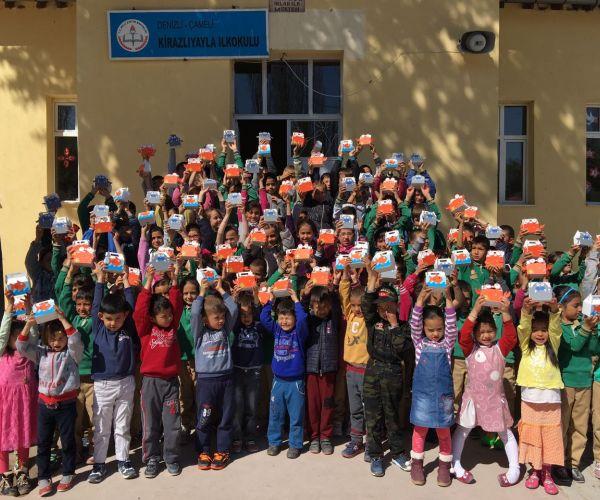 Pınar Balık'tan 23 Nisan Kutlaması